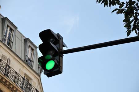 Feu vert 2 objets toute image niffylux banque d 39 images images - Feu vert celleneuve montpellier ...